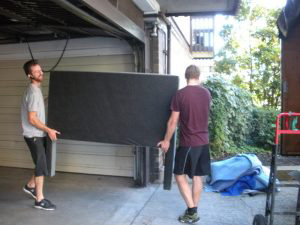 Furniture removalists East Minto